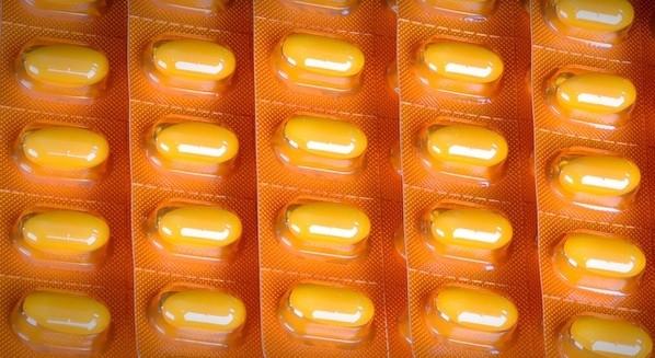 Amitriptilina: Para que serve, como tomar e efeitos coaterais