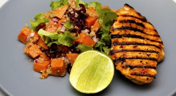 Dieta da proteína: vantagens e desvantagens