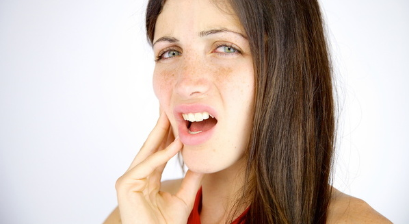 Dor no maxilar: causas, sintomas e tratamento de dor na mandíbula